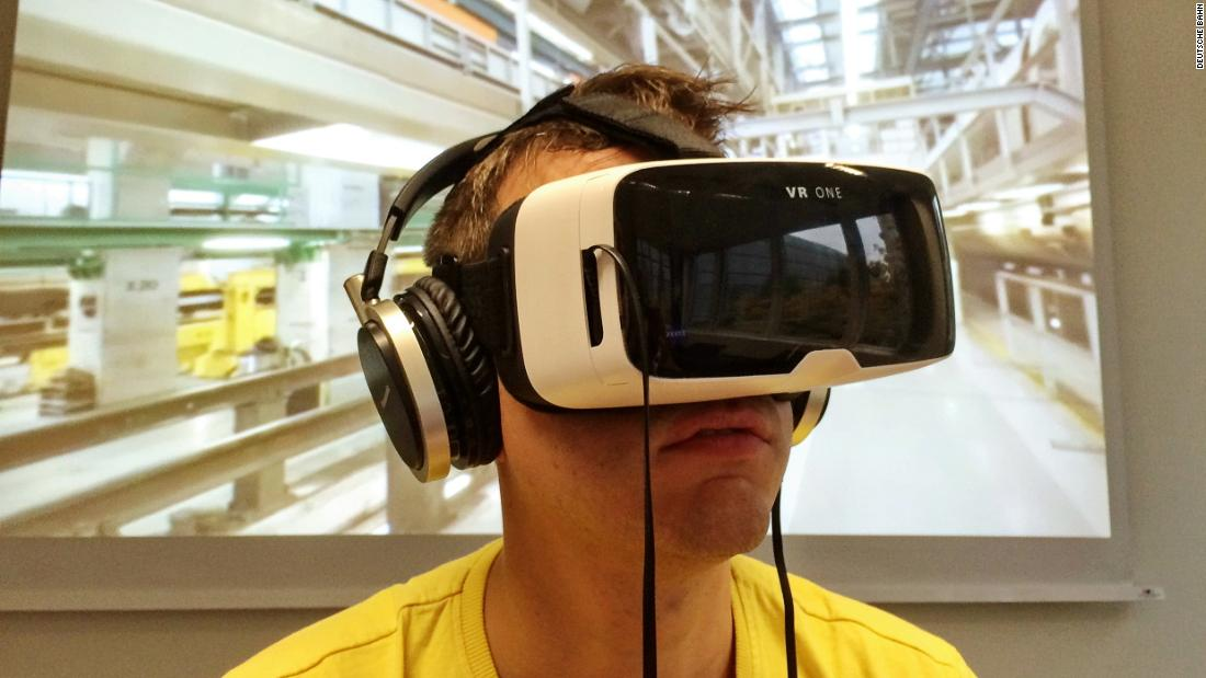 How VR is transforming HR