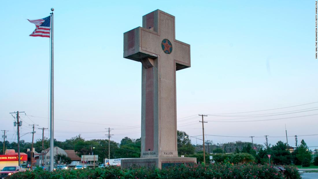 Supreme Court to decide fate of WWI memorial cross