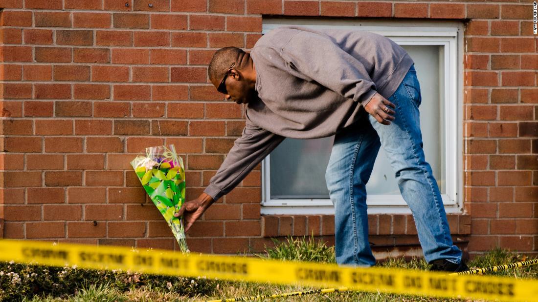 Μαμά και κόρη κατηγορούνται για δολοφονία 5 συγγενείς δήλωσε αθώος