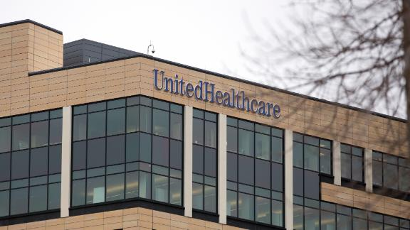 UnitedHealth Group Inc. headquarters stands in Minnetonka, Minnesota, U.S., on Wednesday, March 9, 2016. UnitedHealth Group Inc.'s OptumRx unit struck an agreement to ease customers' access to drugs through Walgreens Boots Alliance Inc.'s drugstores, a move to help the business compete with rival pharmacy benefit managers. Photographer: Mike Bradley/Bloomberg via Getty Images