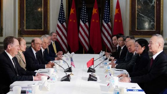 US Trade Representative Robert Lighthizer (L) takes part in US-China trade talks with China's Vice Premier Liu He (R) in the Eisenhower Executive Office Building on February 21, 2019 in Washington, DC. - Top Chinese and US trade officials returned to the bargaining table Thursday as the two sides worked to bridge a chasm between the world's two largest economies. (Photo by MANDEL NGAN / AFP)        (Photo credit should read MANDEL NGAN/AFP/Getty Images)