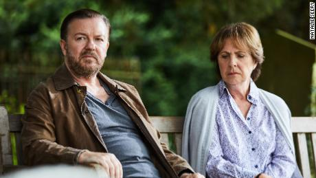 Ricky Gervais, Penelope Wilton in 'After Life'