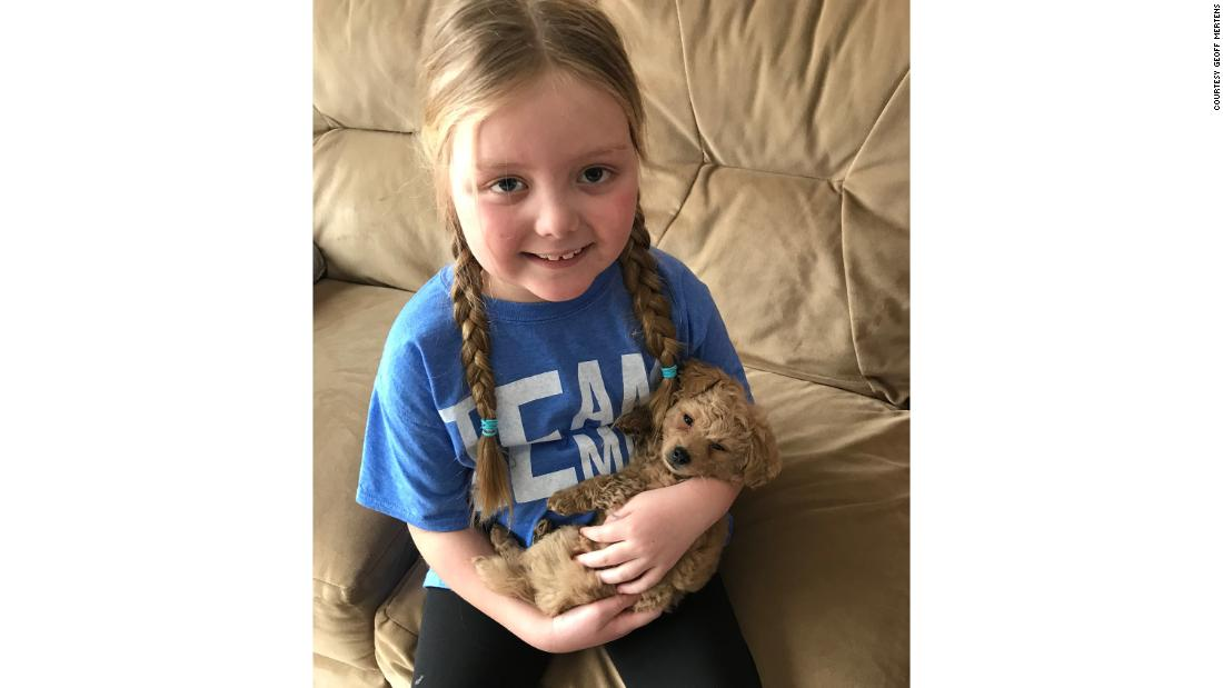 A 7-year-old dog lover is fighting a rare cancer. People from around the world sent her 80,000 pictures of their pups