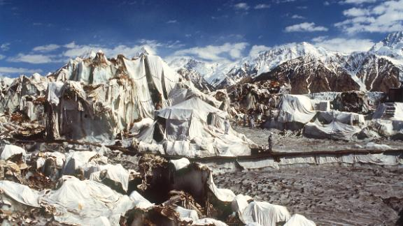A Indian army camp in 1991 at the Siachen Glacier.