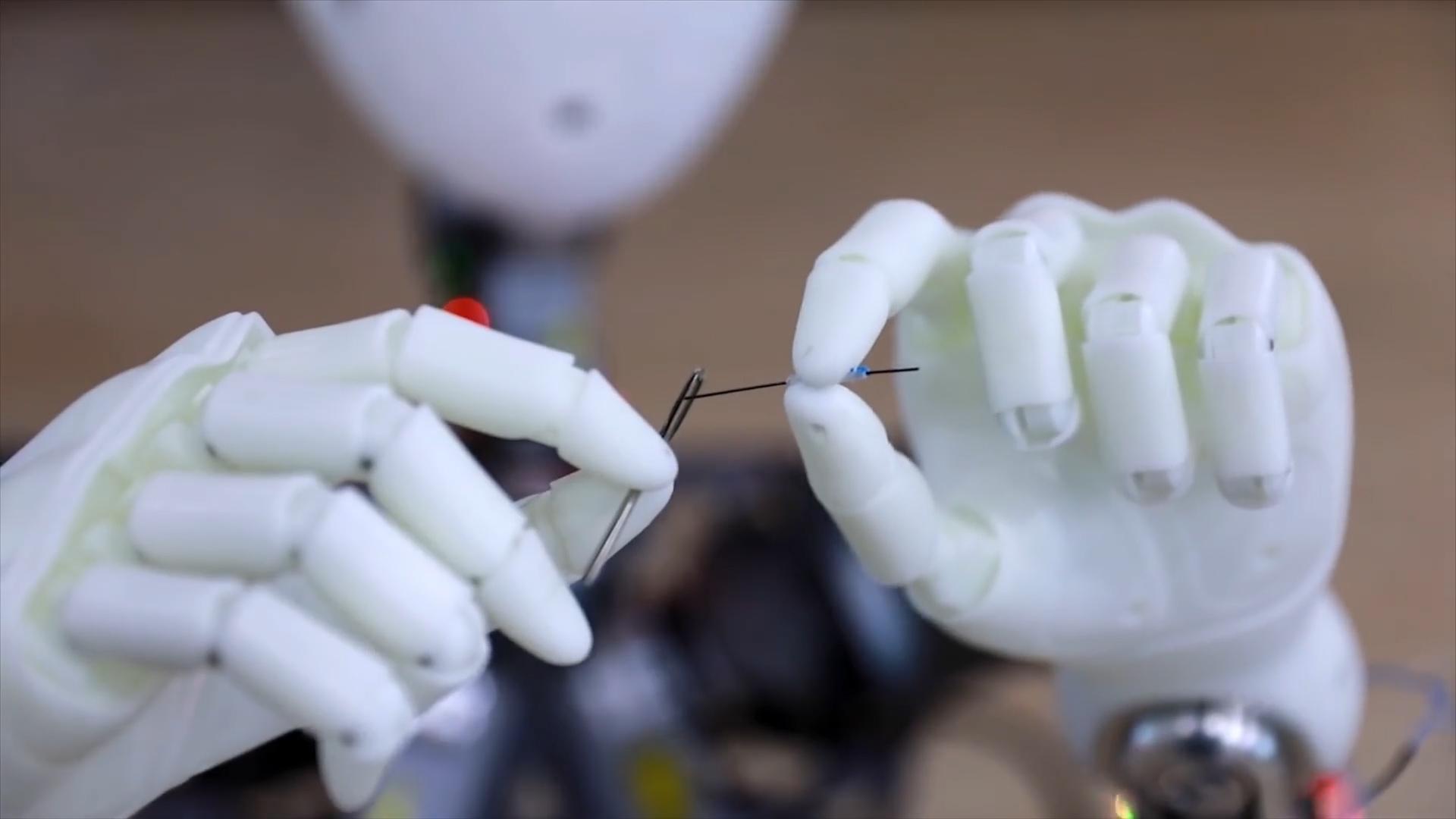Watch this robot do 'parkour' - CNN Video