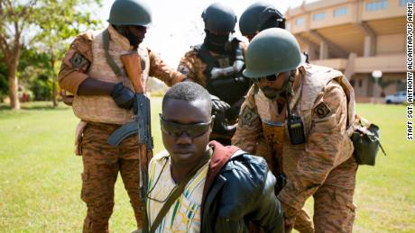 US special forces train troops in African nation with double terror threat