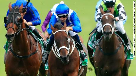 Hugh Bowman timed his winning burst on Winx perfectly to extend her unbeaten streak to 31 races.