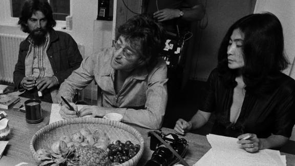 George Harrison, John Lennon and Yoko Ono (Photo by Spud Murphy/Copyright Yoko Ono)