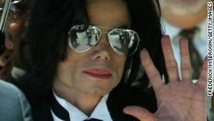 Michael Jacksons Musik wurde von Radiosendern in Neuseeland, Kanada, nach der HBO-Dokumentation abgelassen