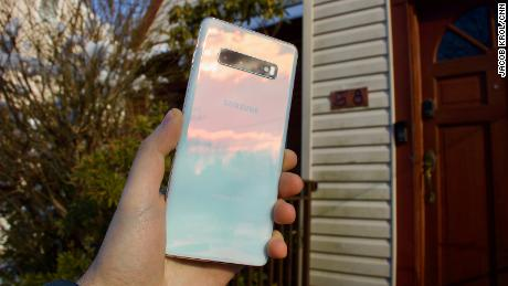 094017109 Samsung Galaxy S10+ review  a nearly perfect phone - CNN