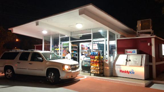 Farm Stores, a Miami-based convenience store chain, is rolling out Ecopod machines in 10 of its locations.