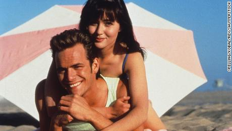 Luke Perry and Shannen Doherty on Beverly Hills 90210.