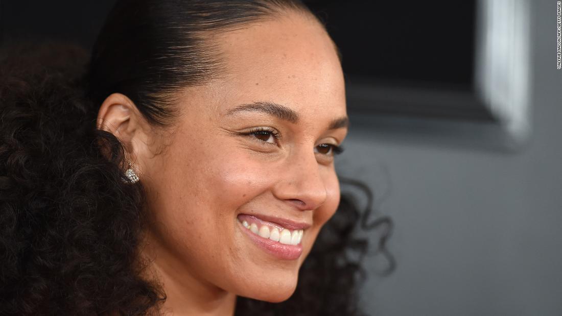 Alicia Keys επιστρέφει ως οικοδεσπότης για το 2020 Βραβεία Grammy