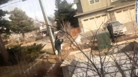 Officer pulls gun on black man collecting trash