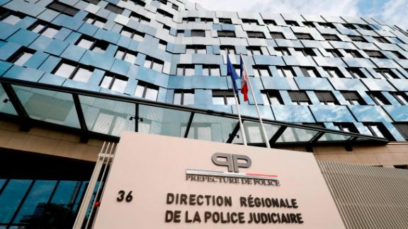 The police officer was killed while guarding the Paris Judicial Police offices.