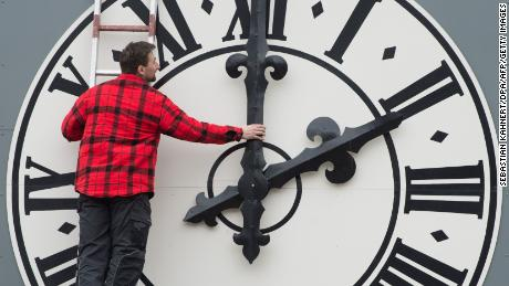 Daylight savings year-round could save lives, improve sleep and other benefits
