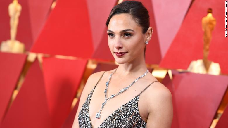 Gal Gadot to play Cleopatra in upcoming movie directed by Patty Jenkins