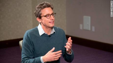 Глава BuzzFeed Джона Перрети возвращает HuffPost в свои руки в рамках сделки с Verizon Media