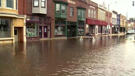 Darlington, Wisconsin, is facing the worst flooding since the early years & # 39; 90.