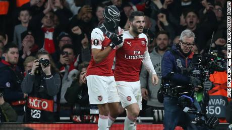 Arsenal beat Rennes to reach the Europa League quarterfinal.