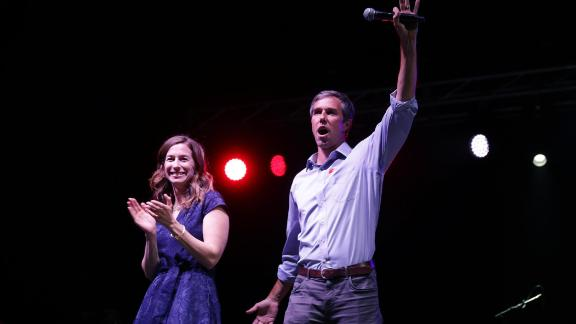 """US Senate candidate Rep. Beto O'Rourke and his wife,  Amy Sanders, say goodbye to supporters at a """"thank you"""" party on Election Day 2018 in El Paso, Texas, after O'Rourke lost to incumbent Sen. Ted Cruz."""