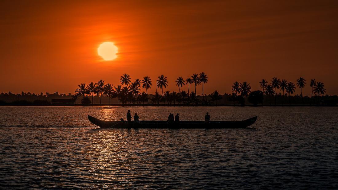 Kerala: Tropical beaches, trekking and wildlife