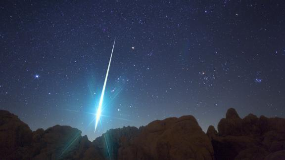 A meteor spotted during the annual Geminid meteor shower on December 14, 2009.
