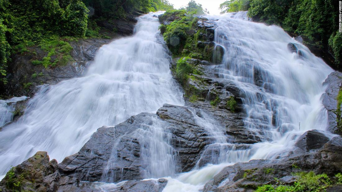 Waterfalls and wellness: 5 reasons to visit Kerala