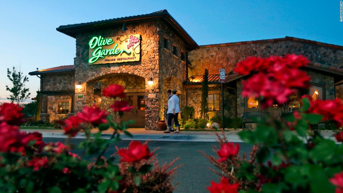 Olive Garden owner posts solid jump in sales