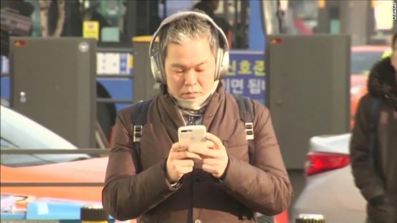 High-tech crosswalks warn smartphone users of traffic