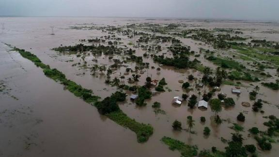 """This photo issued Tuesday March 19, 2019, taken within last week and supplied by World Food Programme,  flood waters cover large tracts of land in Nicoadala, Zambezia Province of Mozambique. Rapidly rising floodwaters have created """"an inland ocean"""" in the country endangering many thousands of families, as aid organizations scramble to rescue and provide food to survivors of Cyclone Idai. (Photo World Food Programme via AP)"""