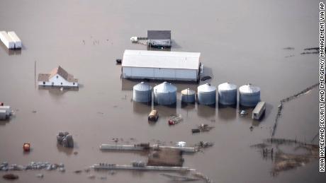 Private pilots come to aid Nebraska flooding victims
