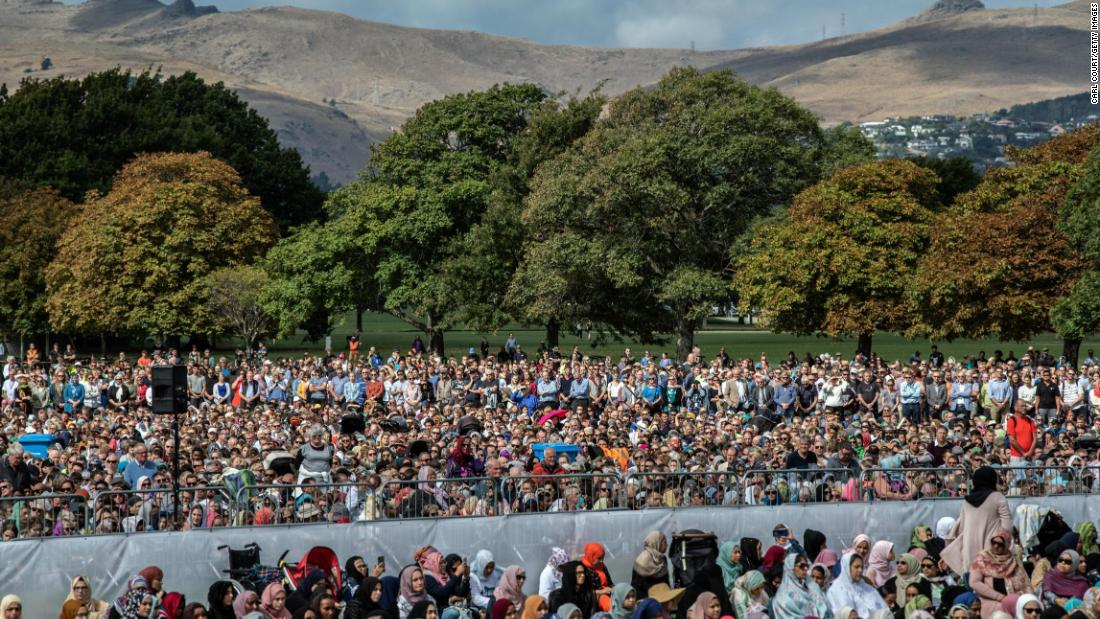 muslim-call-to-prayer-as-new-zealand-mourns-attack-victims