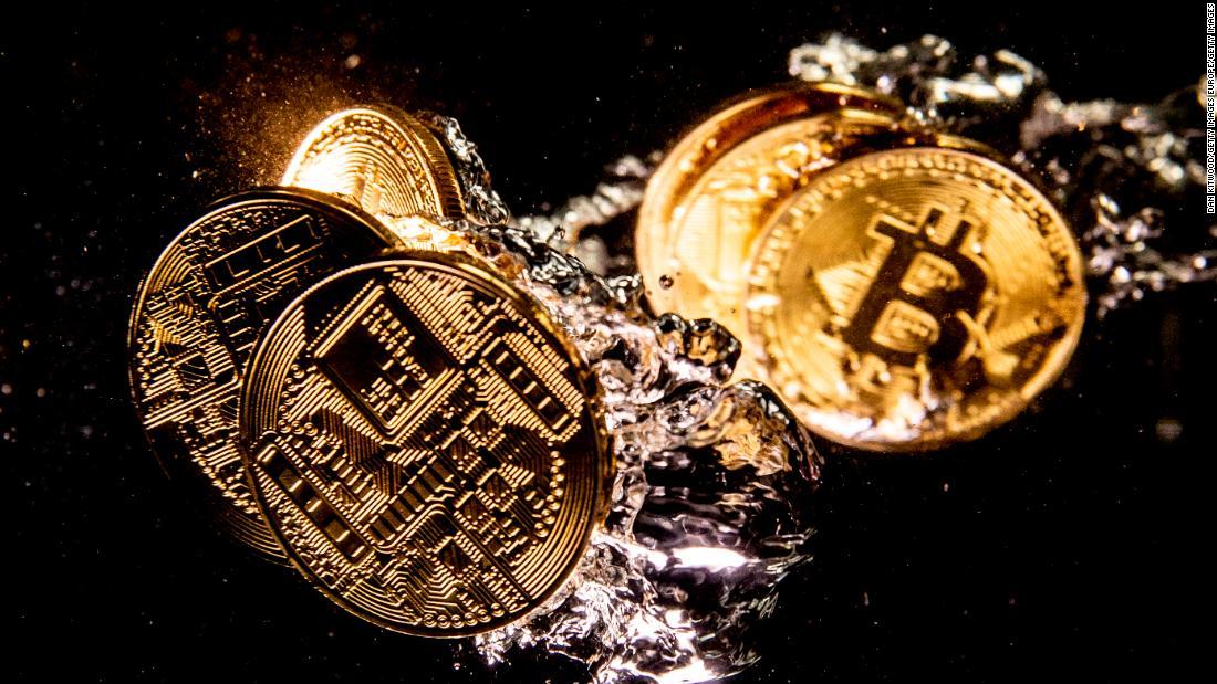 cine folosește moneda bitcoin