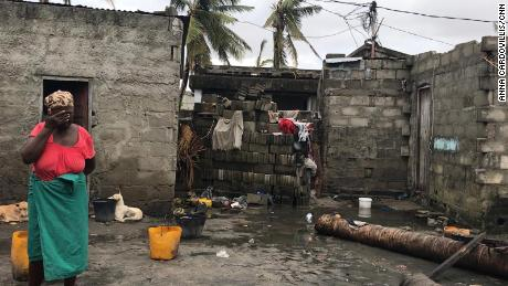 Cyclone Idai: Death toll rises to 750 as Mozambique city of Beira begins long road to recovery