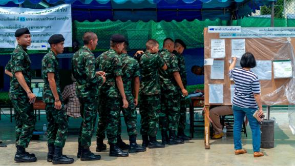 Soldiers flock to polling precincts to cast their vote on March 24, 2019 in Bangkok.