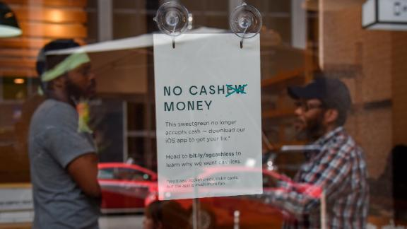 Opponents argue that cashless stores like Sweetgreen exclude low-income residents without credit cards or bank accounts.