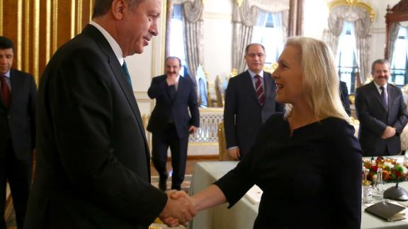 Gillibrand meets Turkish President Recep Tayyip Erdogan while in Istanbul in January 2016.