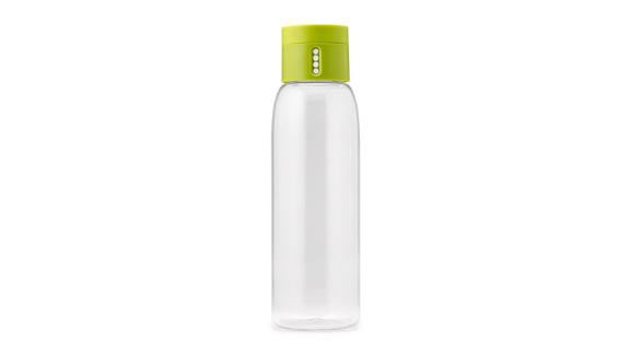 """<strong>A water bottle that will help you reach your daily hydration goals</strong> Hydration Tracking Water Bottle ($10;<a href=""""http://bit.ly/2YgBD4v"""" target=""""_blank"""" target=""""_blank""""> uncommongoods.com</a>)"""