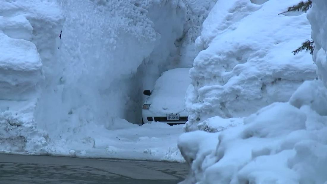 California town buried by massive snowfall