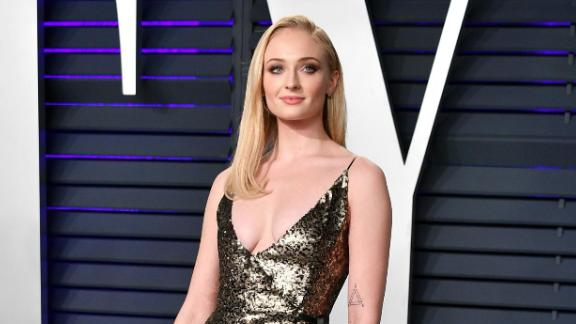 BEVERLY HILLS, CA - FEBRUARY 24:  Sophie Turner attends the 2019 Vanity Fair Oscar Party hosted by Radhika Jones at Wallis Annenberg Center for the Performing Arts on February 24, 2019 in Beverly Hills, California.  (Photo by Dia Dipasupil/Getty Images)