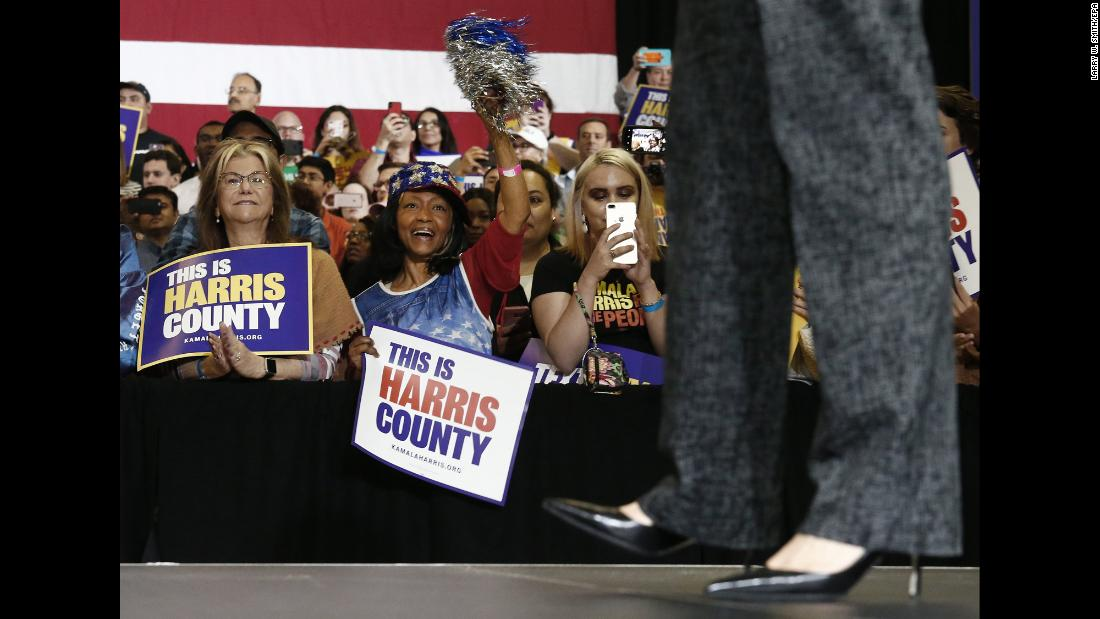 "Supporters of US Sen. Kamala Harris, <a href=""https://www.cnn.com/2019/01/21/politics/2020-democrats-running-for-president/index.html"" target=""_blank"">one of the many Democrats running for president,</a> attend a campaign rally in Houston on Saturday, March 23."