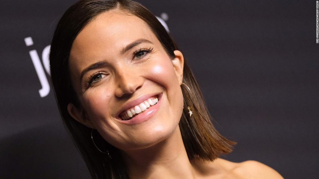 Mandy Moore says viewers won't see what's coming on 'This Is Us'