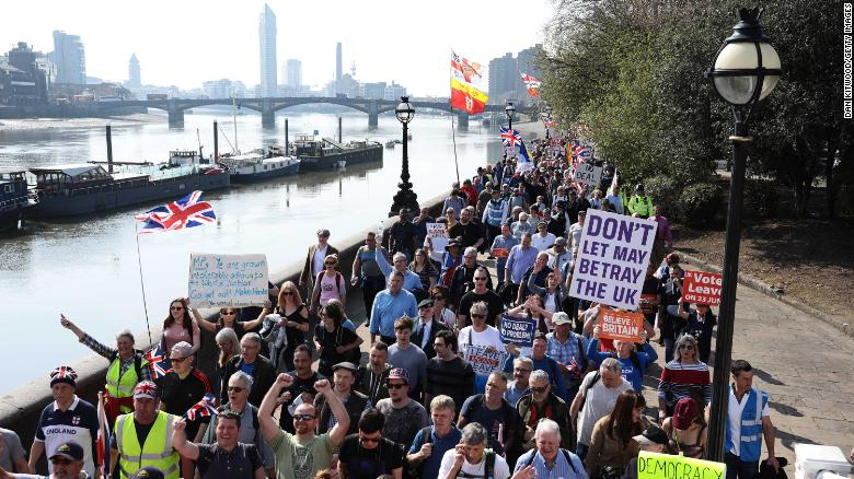 The March to Leave rally departed from Fulham, west London, and proceeded to Parliament Square.