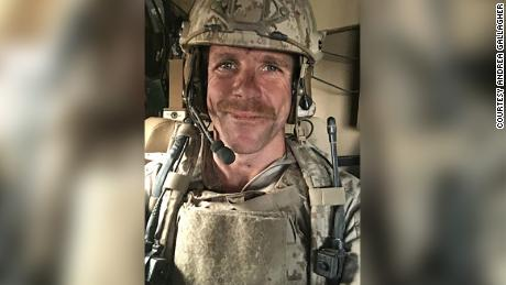 Military officials say White House won't intervene in review of Navy SEAL who posed with dead body