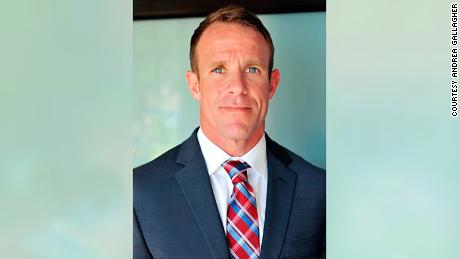 Witnesses say Navy SEAL took photos with a corpse and shot at unarmed civilians