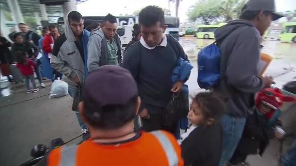 Migrants dropped in Texas towns