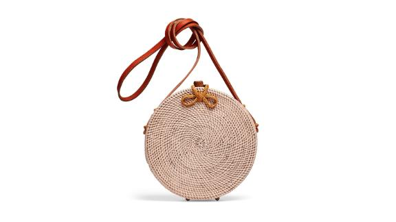 """<strong>Cleobella Handbags Williamsburg Straw Circle Bag (prices vary based on subscription;</strong><a href=""""http://redirect.viglink.com?type=bk&opt=false&u=https%3A%2F%2Fwww.renttherunway.com%2Fshop%2Fdesigners%2Fcleobella_handbags%2Fwilliamsburg_straw_circle_bag&key=ed7eb6546c416eb284920d7a87c6d8c4"""" target=""""_blank"""" target=""""_blank""""><strong> renttherunway.com</strong></a><strong>)</strong>"""
