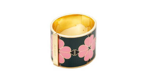 """<strong>Kate Spade Heritage Spade Enamel Bangle (prices vary based on subscription;</strong><a href=""""http://redirect.viglink.com?type=bk&opt=false&u=https%3A%2F%2Fwww.renttherunway.com%2Fshop%2Fdesigners%2Fkate_spade_new_york_accessories%2Fheritage_spade_enamel_bangle&key=ed7eb6546c416eb284920d7a87c6d8c4"""" target=""""_blank"""" target=""""_blank""""><strong> renttherunway.com</strong></a><strong>)</strong>"""