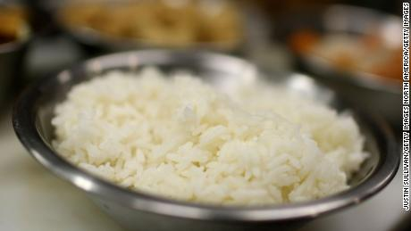 Rice uses 1,670 liters of water, eight full bathtubs, per kilogram.